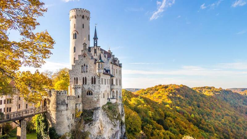 جاهای دیدنی آلمان- قلعهی لیختن اشتاین
